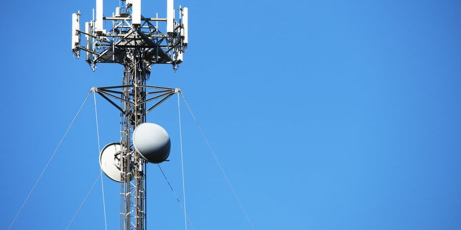 How Do Cell Tower Leases Work?